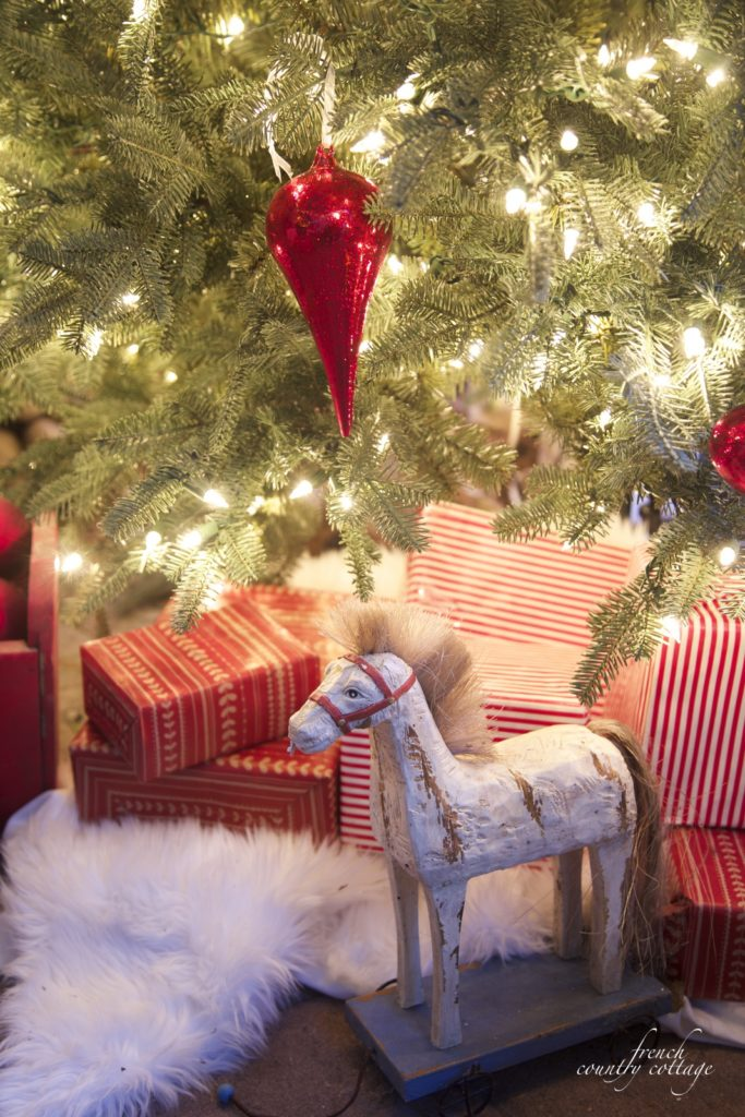 Christmas patio outdoors Tree vintage horse