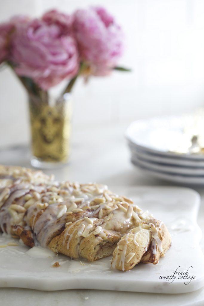 Cinnamon braided bread with peonies
