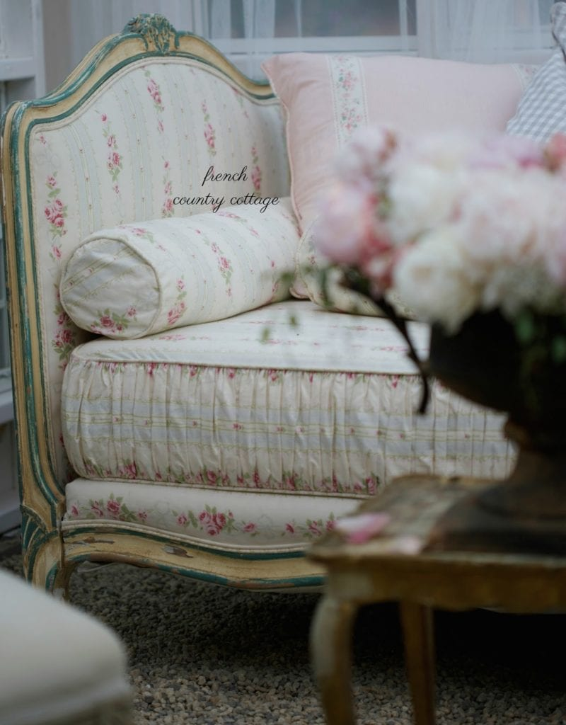 french daybed close up