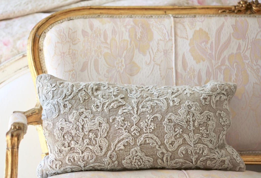 french style pillow