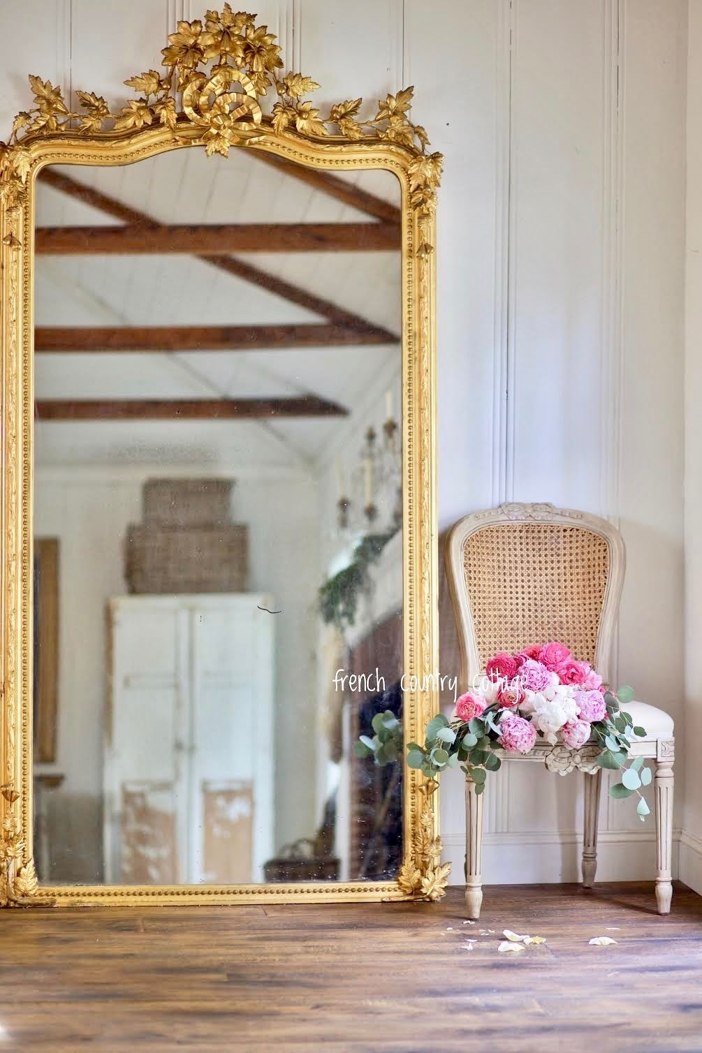 18 Elegant French Vintage Style Mirrors French Country Cottage