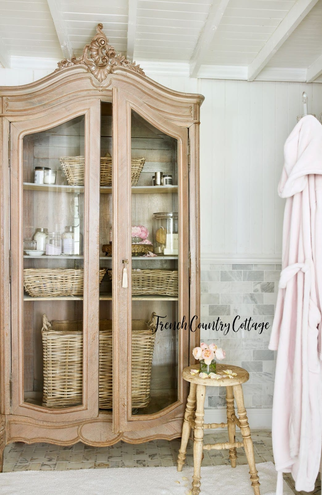 7 Ways To Add French Farmhouse Charm To Your Bathroom French Country Cottage