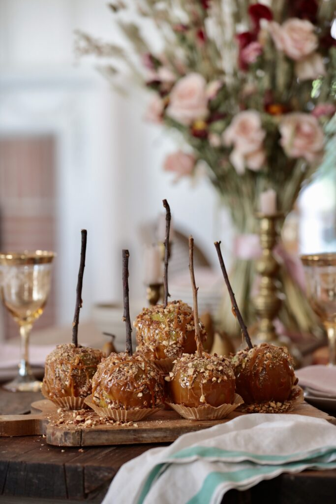 Caramel Drizzled Apples