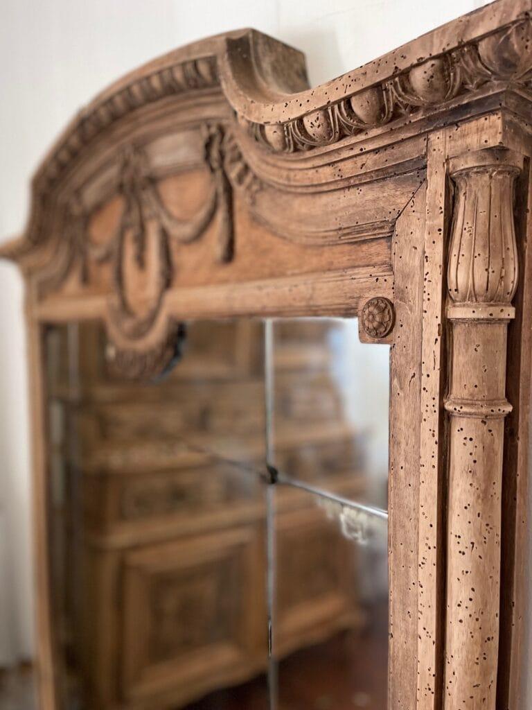 carved details fluted